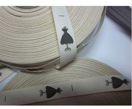 Pure cotton clothing tag custom logo print clothing labels beige bottom colors straight cut no folds 1000pcs lot