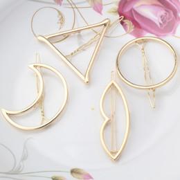 2017 Nouvelle marque épingles à cheveux Triangle Moon Hair Pin Bijoux Lip ronde Hair Clip pour les femmes Barrettes Head Accessoires Bijoux De Tete à partir de pinces à cheveux ronds fournisseurs
