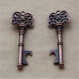 120pcs lot Wedding Favours Gifts for Guests Antique Bronze Skeleton Key Bottle Opener with Thanks Card Escort Card Vintage Keys