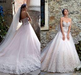 Promotion mariage strass robe de cristal 2017 Sweetheart Robes de mariée en cristal Vintage Une ligne de strass perlés Appliqued Lace Up Robes de mariée Beach Wedding Gowns