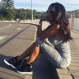 2017 robes moulantes kardashian 2017 Été Nouveau Kim Kardashian Bodycon Bandage Noir Blanc Robe Vestidos Coton Femmes Sexy Casual Robes Party Night Club crayon Robe robes moulantes kardashian autorisation