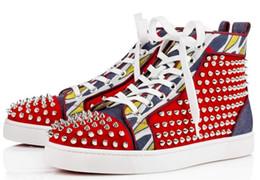 2017 hommes haut haut rivets baskets bas rouge chaussures mens cuir chaussures causales spike stud sneakers talon épais solo rouge semelles cheap red spiked high heels à partir de rouge à pointes hauts talons fournisseurs