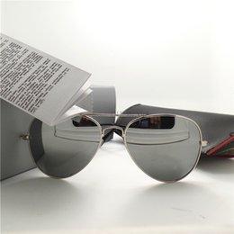 2017 espejo de cristal clásico Gafas de sol clásicas del espejo de la vendimia del marco de la plata de la alta calidad de las mujeres de los hombres de las gafas de sol de la manera los vidrios de sol del deporte 58MM UV400 con la caja de la caja espejo de cristal clásico oferta