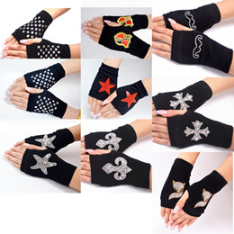 Wholesale Winter Spring Men Women Fingerless Gloves with Diamond Rivets Korean Fashion Half Finger Gloves Knitted Cool Sailor Dance GL-1