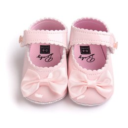 Wholesale Multicolor bowknot reflective tape to a classic princess baby shoes soft bottom anti slip toddler shoes infant child products