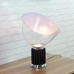 Supports métalliques pour le verre en Ligne-Creative Radar Lampes de table Modern Minimalist Art Chambre à côté de la lumière Bureau d'étude en aluminium Lampes de bureau en verre Ombre de verre Stand en métal