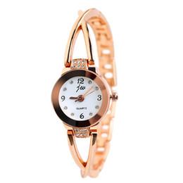 2017 Women Watches Luxury Brand Quartz Watch Ladies Dress Watch rose gold Relogio Feminino luxury silver Bracelet Wristwatches