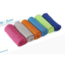Compra Online Bufanda para el frío-Cool toalla en la botella de cola Fitness Yoga verano toallas de refrigeración doble capa de deportes al aire libre Ice Cold Scaft bufandas Pad Wash Dry
