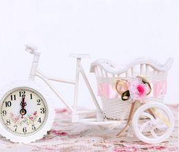 Wholesale Flower Basket Tricycle Decorative Vases with Clock Design Flower Vase Wheel Rattan Round Vase for Wedding Decoration