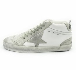 Wholesale The Original Deluxe Casual Golden Shoes Women Men Spring Autumn Haute Lace Up Bianco Genuine Leather Goose Shoes Marca Italiana