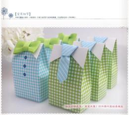 100pcs / lot boîte de bonbons de faveur de mariage - Cute Boy Favor Box à partir de boîte de petit gâteau de faveur de fête de mariage fabricateur