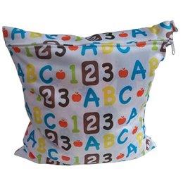Acheter en ligne Bébé tissu réutilisable couche nappy-Grossiste-imperméable réutilisable Zip sac à sec humide pour bébés tissu de nourrisson sac à couches Nappy