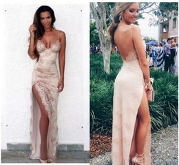 Gorgeous Sexy Sheath 2017 Prom Party Dresses Spaghetti Straps Lace Appliques with Front Split Sexy Backless Celebrity Evening Gowns robes