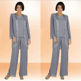 Modest 2019 Chiffon Jewel Long Mother Of The Bride Pant Suits With Long Sleeve Jacket Cheap Embroidery Formal Suits Custom Made
