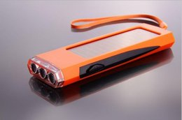 Sungzu's new hot style portable solar-powered LED solar LED light charging flashlight outdoor emergency