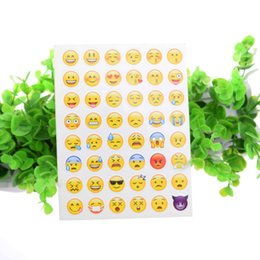 100pcs Emoji Face Stickers Removable Decal Mural Home Decor Emoji Smile Sticker For Laptop Notebook Facebook Tiwtter Child Gifts DIY label