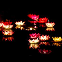 2016 flotteurs électroniques Nouveau LED artificiel flottant fleur de lotus lumières électroniques bougie pour Noël Anniversaire Wedding Party Décorations Fournitures bon marché flotteurs électroniques