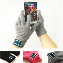 Wholesale Rechargeable Bluetooth Gloves Winter Touch Screen Sport Gloves Built In Microphone for Mobile Phones Men and Women with Retail Packaging