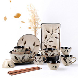 Wholesale piece Creative hand painted maple leaf household ceramic tableware sets rice bowls steak plates coffee cups free shopping