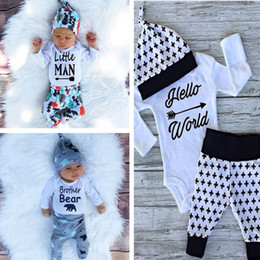 Wholesale Jumpsuits Newborns clothing suit babies Christmas gifts Romper pants hat beanie three piece suit boy girls clothing sets kids clothes