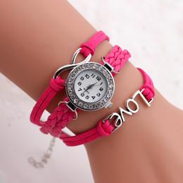 2017 cuero reloj pulsera corazón Infinity Weave Bracelet Relojes Lady Wrap Relojes Amor Doble Corazón Cuero Reloj Mujeres Cuarzo Mix Color cuero reloj pulsera corazón en oferta