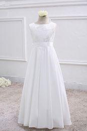 Bateau Neck Soft Satin Flower Girl Dress With Lace Embroidery 2019 Floor Length Princess Communion Dress