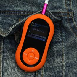 Promotion mémoires vidéo Vente en gros Portable MP3 1.8 pouces LCD Lecteur MP3 Lecteur de mémoire sd Card Slot sport clip MP3 lecteur de musique Radio FM radio ebook lecteur vidéo