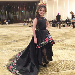 2017 Black Hi-Lo Girls Pageant Dresses Short Front Long Back Flower Girl Dress for Weddings Embroidery Satin Kids Prom Gowns