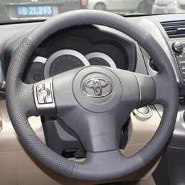Steering wheel cover Case for Toyota YARIS new Vios RAV4 2009 Genuine leather DIY Hand-stitched steering wheel cover Car styling