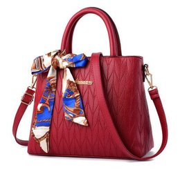 Ms new beautiful atmosphere red one shoulder youth fashion leather soft put his leisure single handbag