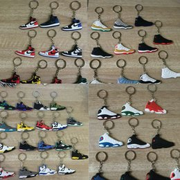 Basketball Shoes Hot Shoes Keychain Key Chain Keychain Shoes Mold Pendant PVC Car Soft Sneakers Keyring Wholesale Pendants Jewelry