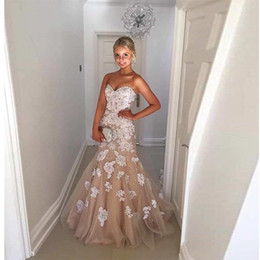 2017 Full Appliques Luxury Mermaid Wedding Dresses Lace Beads Bridals Gowns Sweetheart Neck Zipper Back Sweep Trian Wedding Gown