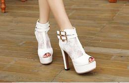 Boda de la sandalia del tacón alto cm en venta-Sheer Lace zapatos de tacón alto de la boda nupcial 13 cm Lady Summer Bota Botas Mujer Peep Toe Zapatos 2017 Fashion Night Club Negro Botas