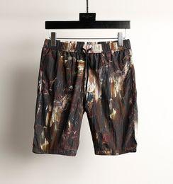 Novelty Graffiti~ Thin Style ~Men Five Pants Shorts~Beach Pants