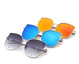 Lente de espejo en Línea-Grandes gafas de sol Oversized Gato ocular plano Mirrored Lente Metal Frame Mujeres Gafas de sol Gafas de sol 7 color LJJK652