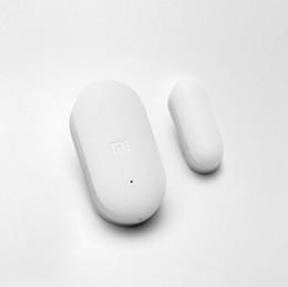 2017 entrée de la porte de sécurité Vente en gros-Xiaomi porte sans fil de la porte de capteur d'entrée d'alarme antivol Sécurité Gardien de protection protecteur magnétique Smart Home Device Accessoires entrée de la porte de sécurité offres