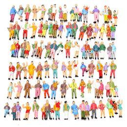 Figuras de la gente modelo en venta-Venta al por mayor 100pcs mezclado pintado modelo de color personas pasajeros figuras escala 1:87 hacer el modelo más vivo fácil de describir