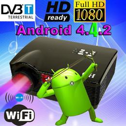 Quad lcd à vendre-Vente en gros-Best ATCO Quad core Android 4.4 WiFi Smart 5500Lumens DVB-T numérique TV 1080P plein HD conduit projecteur HD LCD DVD Projecteur Beamer