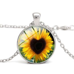 Sunflower Crystal Glass Cabochon Dome Pendant Necklace with Love Clothes Accessory Women Jewelry Thanksgiving Valentine's day Gift Wholesale