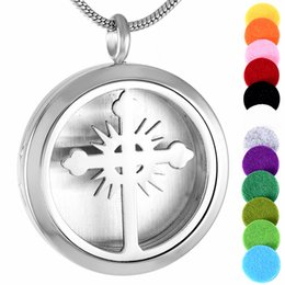 IJP0014 2016 New Arrival Essential Oil Diffuser Perfume Locket Pendant Necklace Aromatherapy Stainless Steel Hollow Cross locket 50pcs