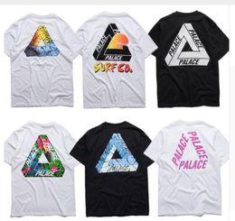 2017 imprimé floral t-shirts femmes NOUVEAU Summer European Fashion Palace Skateboard Triangle Imprimer kanye coton Tops T-shirt manches courtes pour les hommes Femmes Loose Tee imprimé floral t-shirts femmes sur la vente