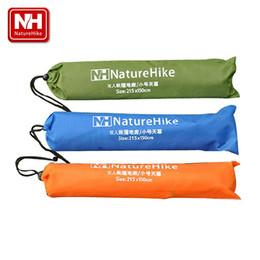 Wholesale-NatureHike 2.15 * 1.5M 6 agujeros pueden utilizar el paño del pabellón que acampa cojín de cojín de la manta de la manta para acampar que va de excursión cloth pad wholesale for sale desde venta al por mayor cojín del paño proveedores