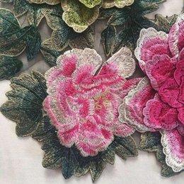 Cosiendo flores 3d en Línea-3D Peony Rose 26x40cm Flor Applique Bordado Pasta De Tejido Peony Decoración Flor Patches Coser On Patches Ropa