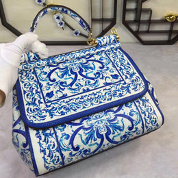 Star with a color printing bag Fashion Shoulder Hand Bag Leather Ladies really cross