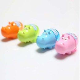 Niños mini lápiz en Línea-Los niños al por mayor de los estudiantes del cortador del cuchillo del sacapuntas del lápiz de la forma colorida creativa del hipopótamo 1PC embroma el color al azar del regalo