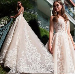 Elegant Champagne Lace Wedding Dresses 2017 Sheer Neck Sleeveless A Line Ball Gown Sexy Back Beach Wedding Gowns Custom Made Bridal Gowns
