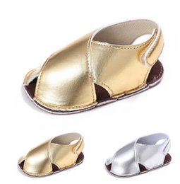 Wholesale 0 years old newborn baby PU gold soft bottom baby toddler shoes Infant summer barefoot sandals indoor walking boy fish mouth shoes XY