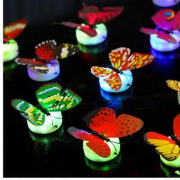 Noche de mariposa en Línea-Mariposa realista luces LED Noche de la fiesta de bodas Decors luces bebé noche luz LED Navidad regalos de vacaciones llevado luces brillantes JF-38