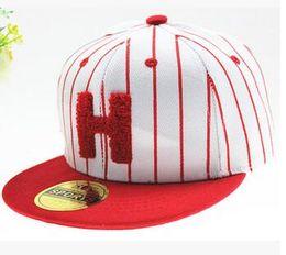 Casquettes de base-ball de bébé de lettre de H à partir de hip hop enfant fabricateur