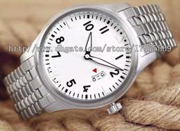 Wholesale Classic retro fashion luxury noble precision imported advanced quartz quartz movement calendar stainless steel watchband Mens Watch